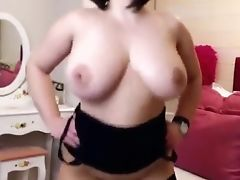 Saschagreen Jiggles Her Big Tits And Booty