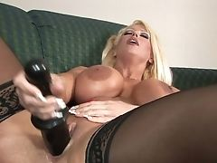 Blonde Bombshell Alura Jenson Loves Another Hump Session With Horny Stud
