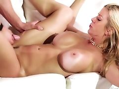 Alexis Fawx Knows How To Fuck And This Fuckfest Vid Is The Proof Of It
