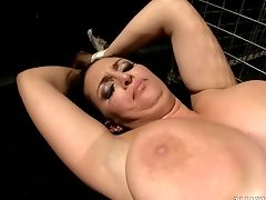 Ginger-haired Queen With Fat Melons Drops On Her Knees To Gives Mouth Job To Fantastic Fellow