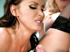 Blonde Nikki Benz With Gigantic Hooters Gets Her Mouth Opened Up By Thick Pulsing Cane Of Hot Fellow